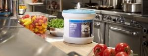Eksperyment marki Tork® udowadnia, że dobór odpowiednich narzędzi higieny polepsza funkcjonowanie kuchni