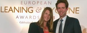 Essity zdobywa dwie nagrody European Cleaning and Hygiene Awards za zrównoważone rozwiązania Tork i Tork EasyCube®